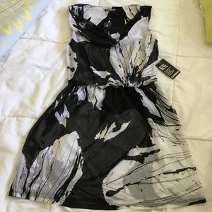 EXPRESS Black and White Dress. Size S